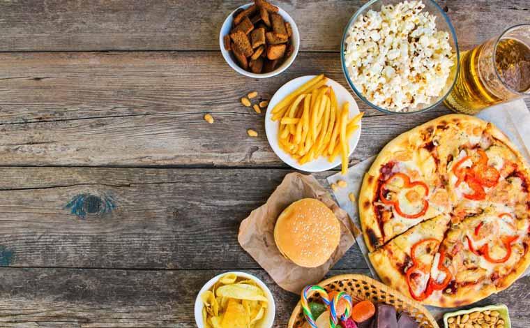 غذاهای خوب و بد برای افسردگی