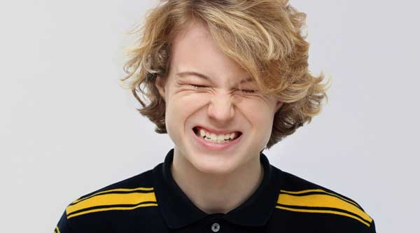 kid-grinding-teeth.jpg