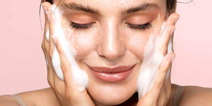 صابون برای پوست چرب